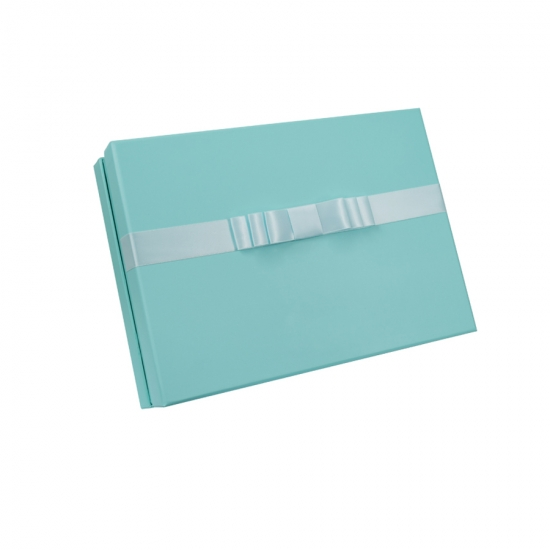 Clothing Packaging Boxes With Bow
